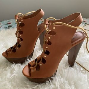 Breckelles Brown Lace Up Sling Back Chunky Heel